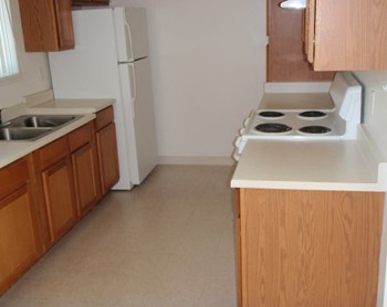 1160 12Th Avenue West 1-2 Beds Apartment for Rent Photo Gallery 1