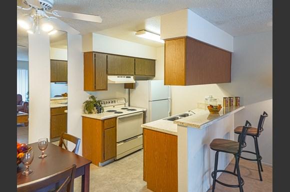 Casa bellisima apartment homes 6565 w bethany home rd glendale az rentcaf for Cheap 1 bedroom apartments in glendale az