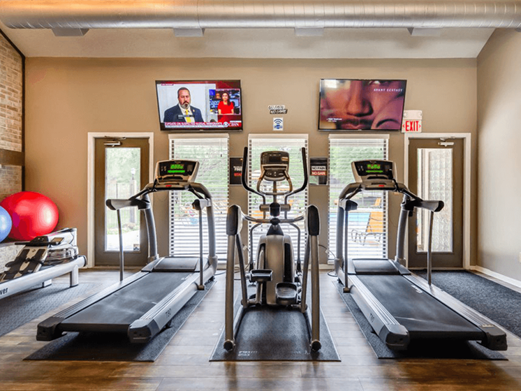 cardio equipment in apartment fitness center