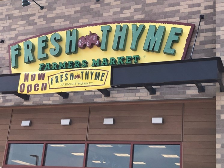 Fresh Thyme Farmer's Market at C&E Living, St Paul, 55114
