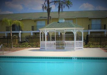 14566 Seaford Circle 1-2 Beds Apartment for Rent Photo Gallery 1