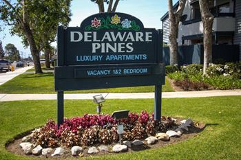 19221 Delaware 1 Bed Townhouse for Rent Photo Gallery 1