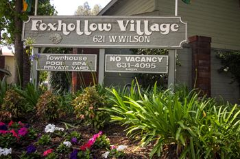 621 W. Wilson 2 Beds Townhouse for Rent Photo Gallery 1