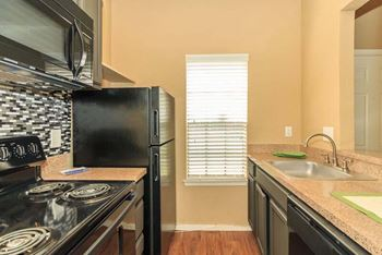 5800 Northwest Drive 1-2 Beds Apartment for Rent Photo Gallery 1
