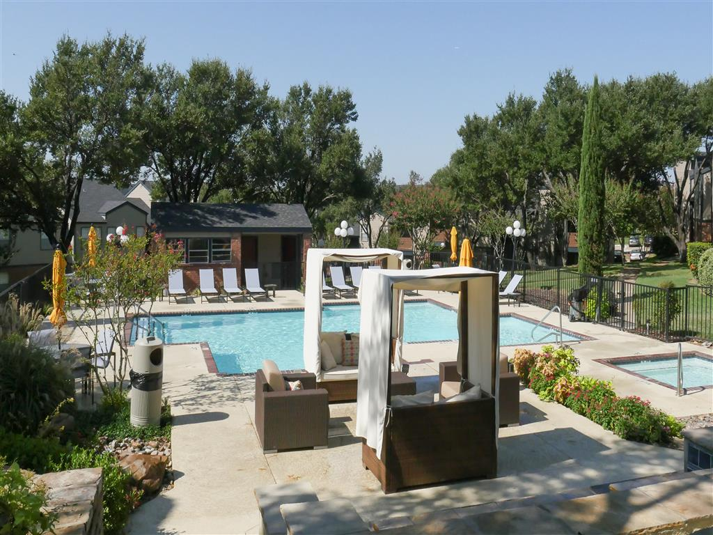 Resort-Style Pool With Grilling Area Trails of Towne Lake,75061