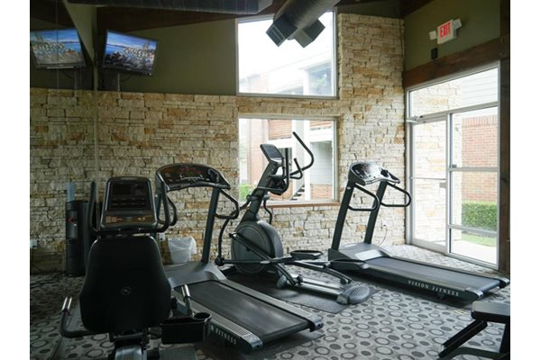 24-hour Fitness Center, at Veridian Place Apartment Homes, Dallas, TX