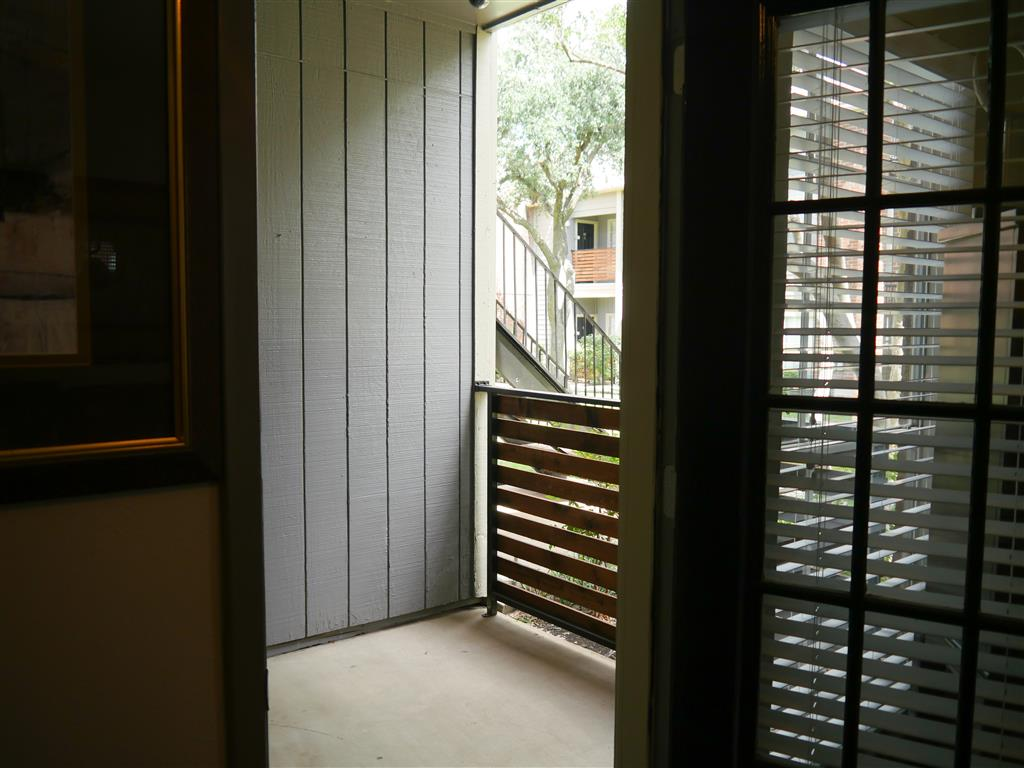 Patio and Balcony at Veridian Place,4849 Haverwood Lane,Dallas, TX, 75289