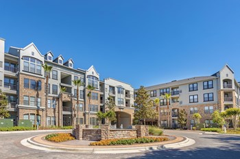 2337 SW Archer Road 1-3 Beds Apartment for Rent Photo Gallery 1