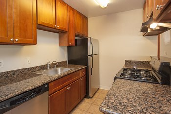 55 Valle Vista Avenue 1 Bed Apartment for Rent Photo Gallery 1