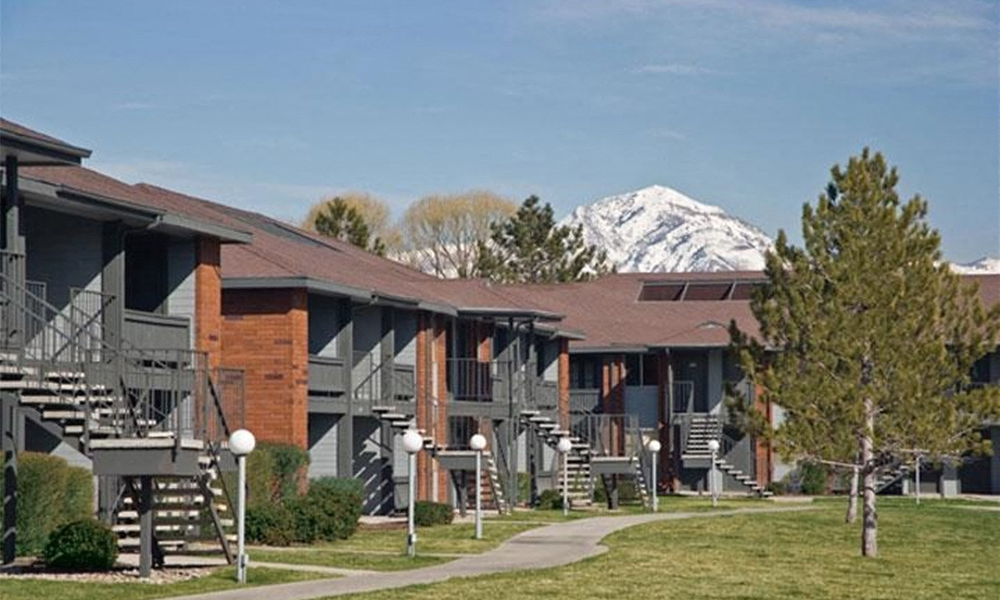 Eight20 Apartments 820 W Timbercreek Way Salt Lake City UT 84119