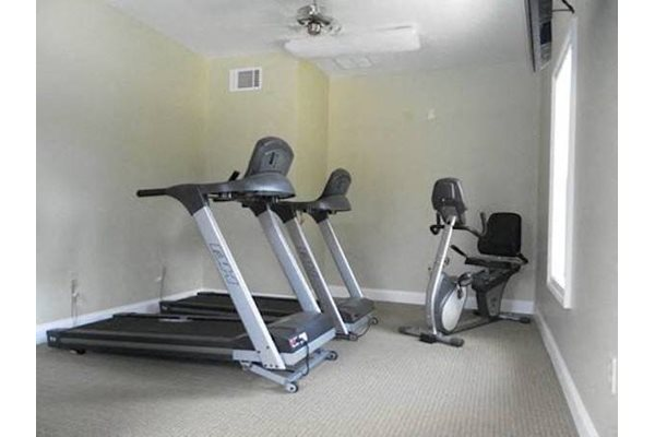 Arbors By The Bay Apartment Homes Daphne AL 36526 fitness center