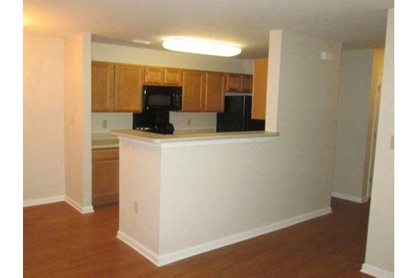 Arbors By The Bay Apartment Homes Daphne AL 36526 spacious kitchen