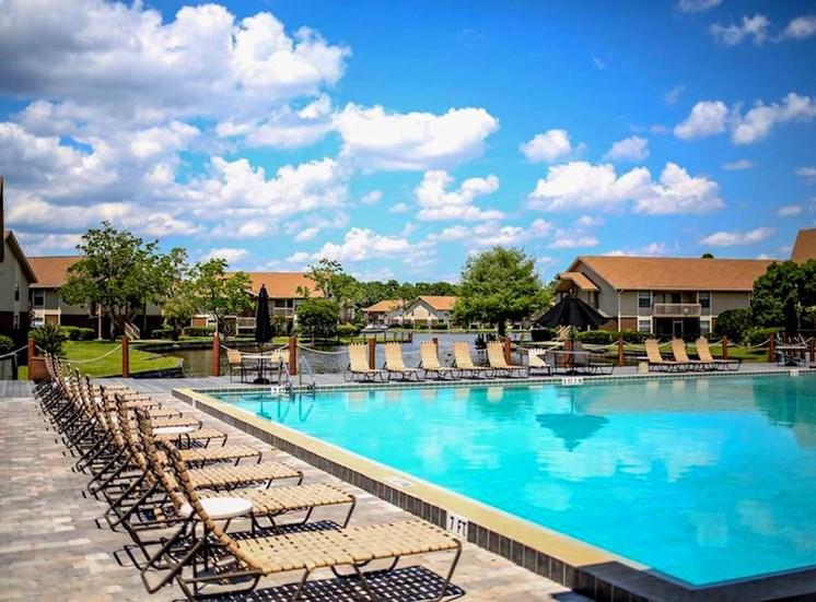 Sanford Landing Apartments, Sanford, FL 32771 sparkling pool with expansive sundeck