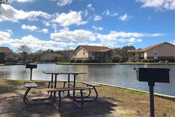 Sanford Landing Apartments in Sanford, FL 32771 bbq island for picnics