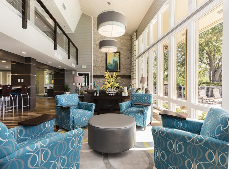 Whisper Lake Apartments in Winter Park, Florida 32792 spacious resident clubhouse lounge