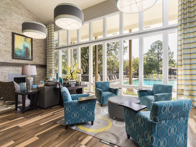 Whisper Lake Apartments in Winter Park, Florida 32792 resident lounge with large windows