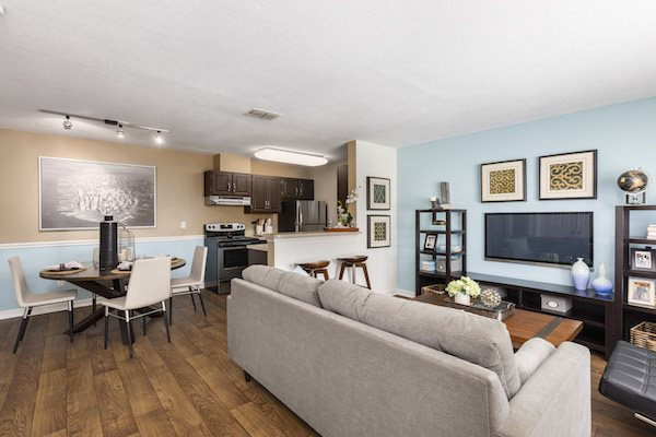 Whisper Lake apartments in winter park, orlando , florida  32792 furnished corporate units available