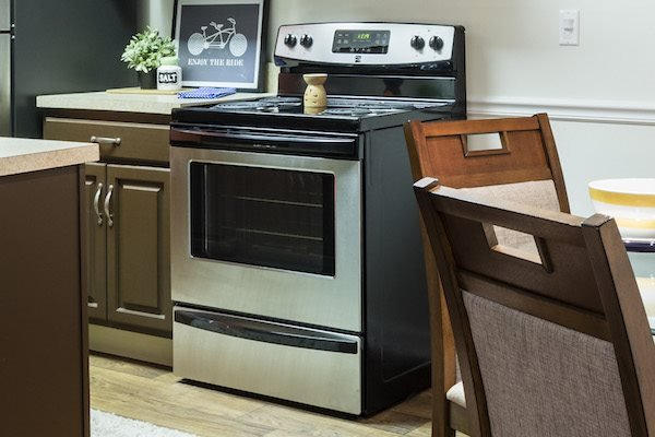 Whisper Lake apartments in winter park, orlando , florida  32792 stainless-steel appliance package