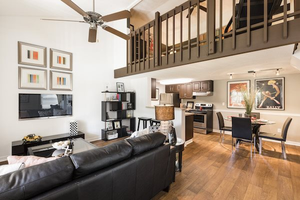 Whisper Lake apartments in winter park, orlando , florida  32792 high ceilings and spacious designs