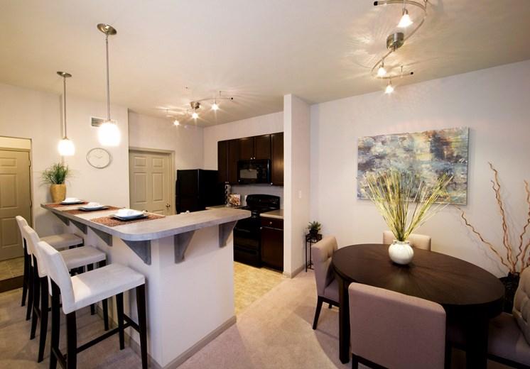 Bridgewater apartments in huntsville, al 35806 kitchen with breakfast nook