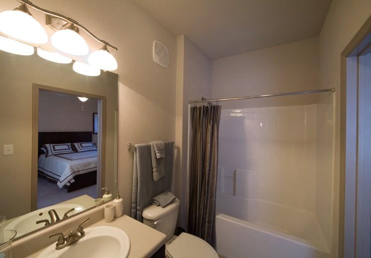 Bridgewater apartments in huntsville, al 35806 large bathroom