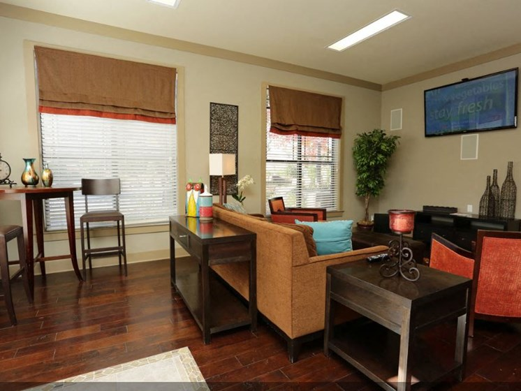 Bridgewater apartments in huntsville, al 35806 resident lounge