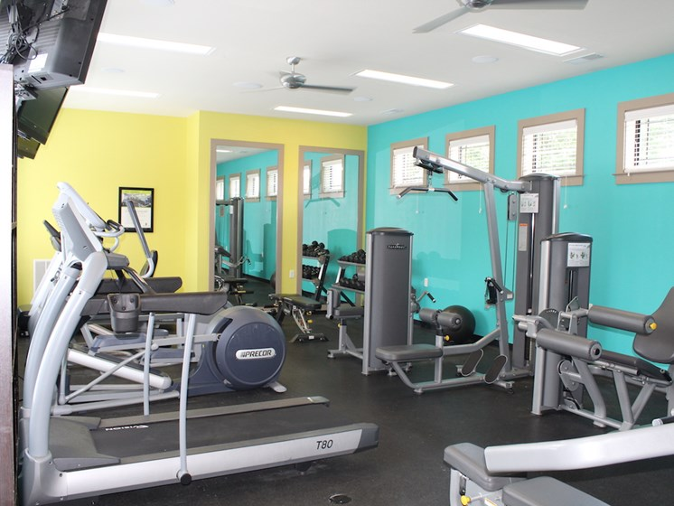 Bridgewater apartments in huntsville, al 35806 24-hour fitness center