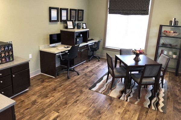 Bridgewater Apartment Homes Huntsville, AL 35806 business center
