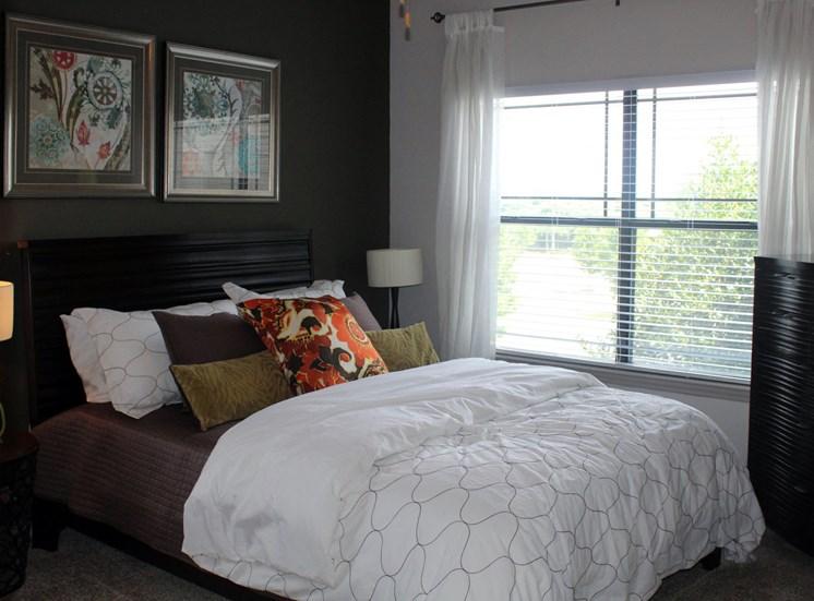 Bridgewater apartments in huntsville, al 35806 large master bedroom