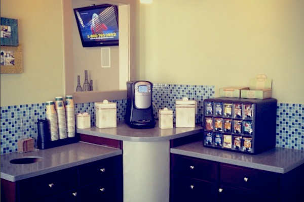 Bridgewater Apartment Homes Huntsville, AL 35806 coffee bar