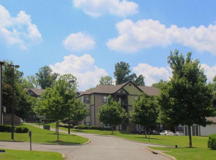 Bridgewater apartments in huntsville, al 35806 community