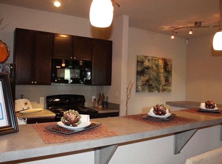 Bridgewater Apartment homes in Huntsville, Alabama Kitchen bar