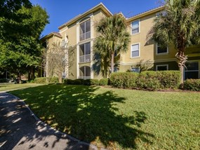 Renovated Apartment Homes Available at Legacy at Fort Clarke apartments in Gainesville, Florida 32606