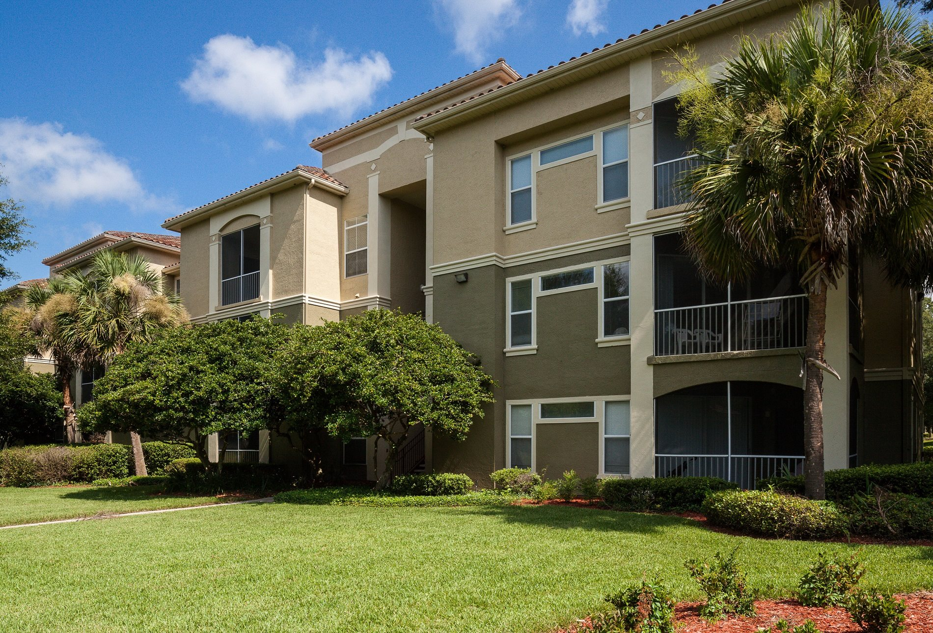 Resort Style Community at Legacy at Fort Clarke apartments in Florida 32606