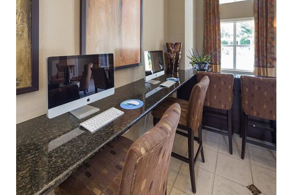 Legacy at Fort Clarke apartments in Gainesville, Florida 32606 business center