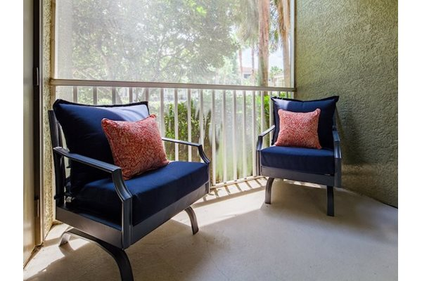 Legacy at Fort Clarke apartments in Gainesville, Florida 32606 spacious patio or balcony