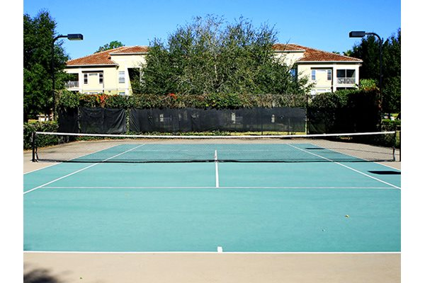 Legacy at Fort Clarke apartments in Gainesville, Florida 32606 tennis courts