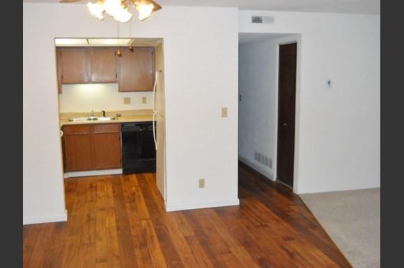 Hickory Ridge Apartments Peoria Il