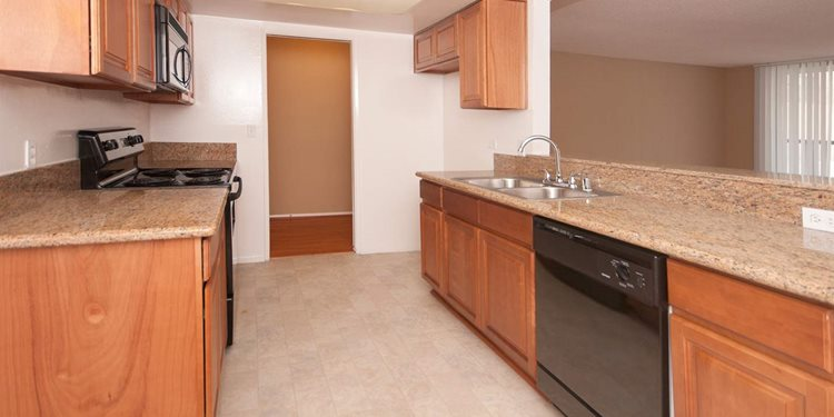 apartments in culver city ca for rent parkway plaza