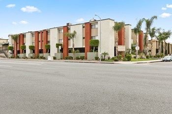 8220 Topanga Canyon Blvd. 1-3 Beds Apartment for Rent Photo Gallery 1