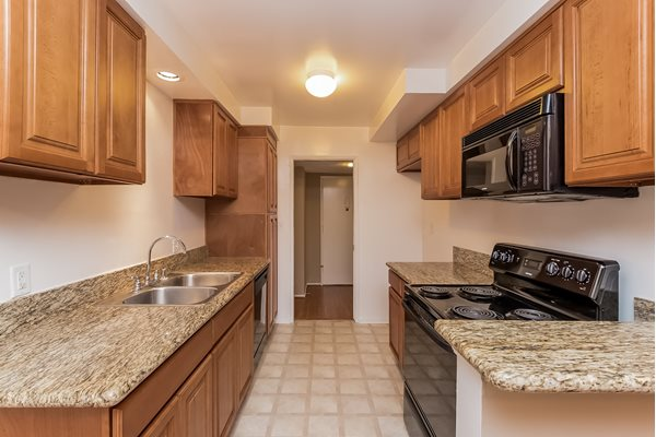 Encino Apartments Granite Countertops