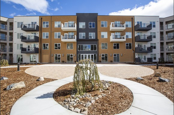 Find Your New Home Reno Nv 89521 L Vintage At The Crossing Apt Homes Senior Apartments