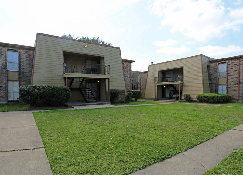 Lovely 116 East Edgebrook 1 3 Beds Apartment For Rent Photo Gallery 1