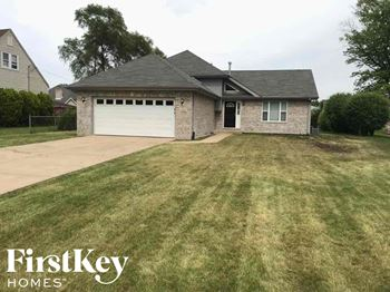 1143 Stirling Ave 4 Beds House for Rent Photo Gallery 1