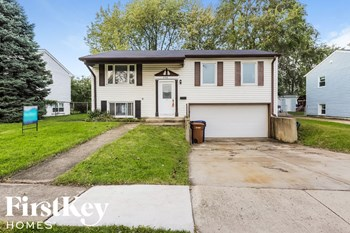 448 E Lincoln Ave 3 Beds House for Rent Photo Gallery 1