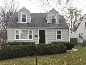 493 N Douglas Ave 3 Beds House for Rent Photo Gallery 1