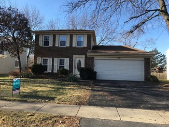 716 Shining Water Dr 3 Beds House for Rent Photo Gallery 1