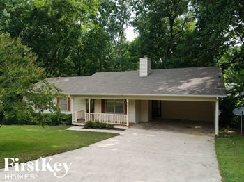4056 Chestnut Dr 3 Beds House for Rent Photo Gallery 1