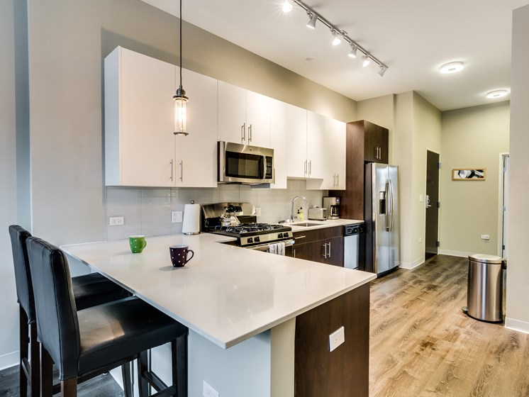 851 West Grand Model Apartment Kitchen Photo