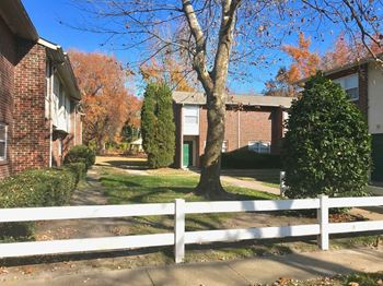 5161 Weaver Dr 1-3 Beds Apartment for Rent Photo Gallery 1